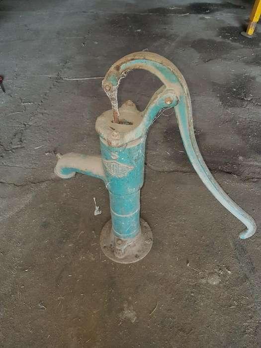 Bombeador de Agua Manual