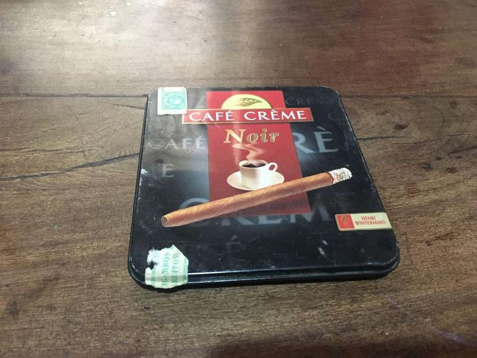 Cigarrera Antigua de Holanda