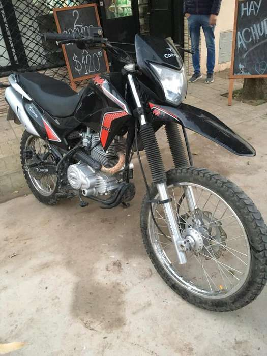 Corven Triax 250 R3 - Impecable