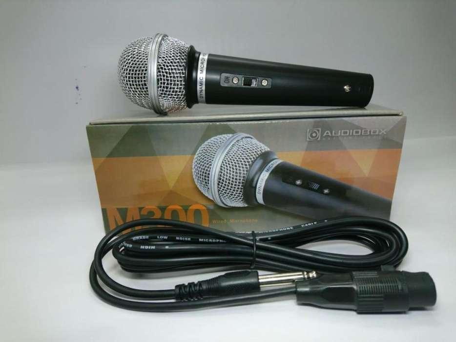 Microfono Karaoke Audiobox M300 Jack 6,5mm 3 Metros