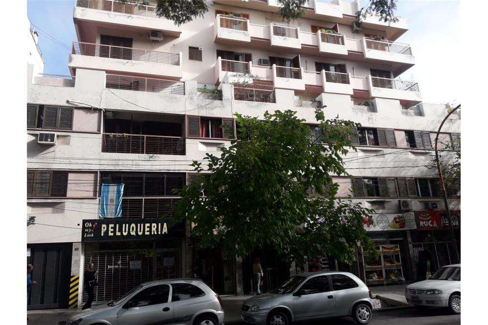 Hermoso departamento frontal - Plaza Independencia