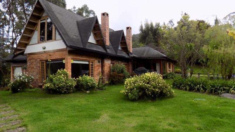 Casa Campestre En Arriendo/venta En La Calera El Hato Cod. VBGIG12924
