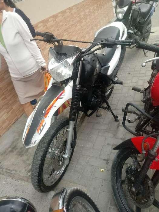 Vendo Moto Jettor 200