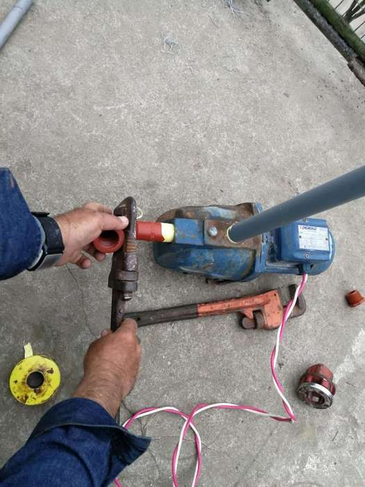 ELECTRICIDAD Y PLOMERIA 593993268288 DE BOMBAS/ STO DOMINGO.