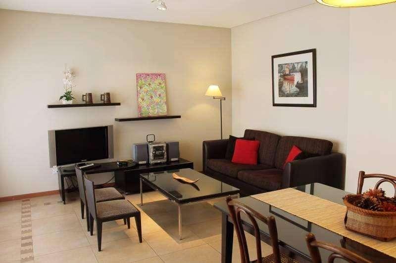 Dos dormitorios impecable en Recoleta - Pres. Uriburu y Av. Las Heras