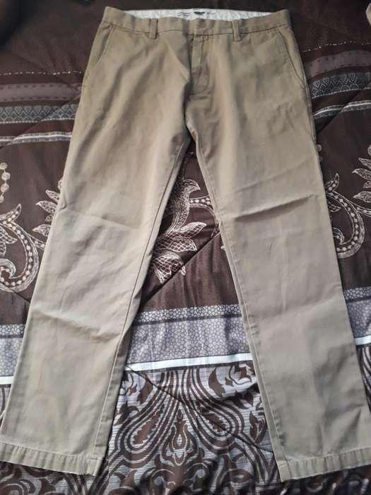 Pantalón Old Navy Talla 32 Slim Medio Us