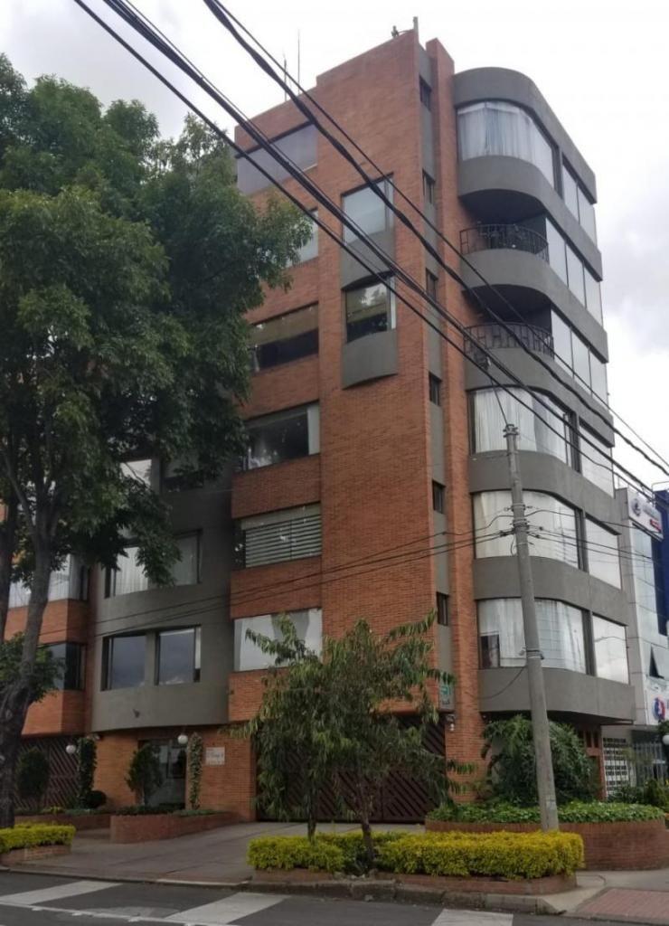 Apartamento En Arriendo En Bogota El Polo Cod. ABIMP-224