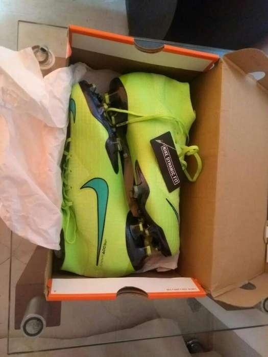 Guayos Nike .hermosos Talla 39.1/2