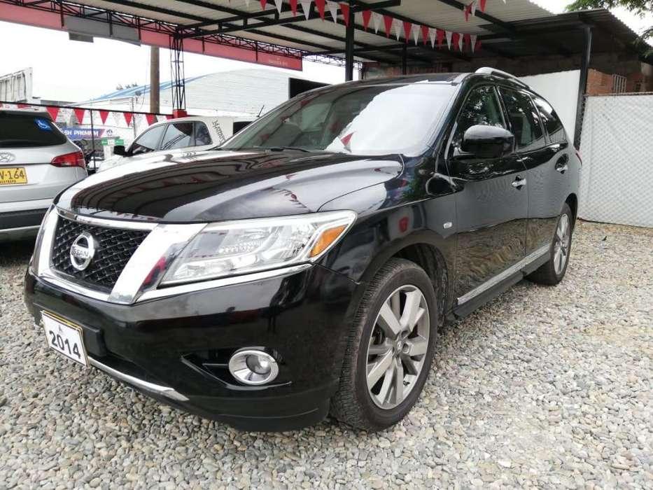 Nissan Pathfinder 2014 - 102000 km