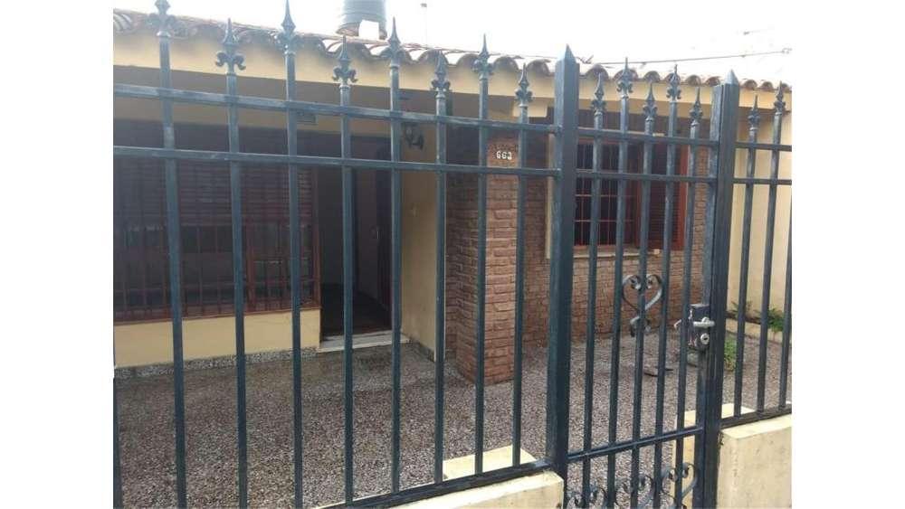 Casa En Venta Las Lechiguanas 100 - UD 75.000 - Casa en Venta
