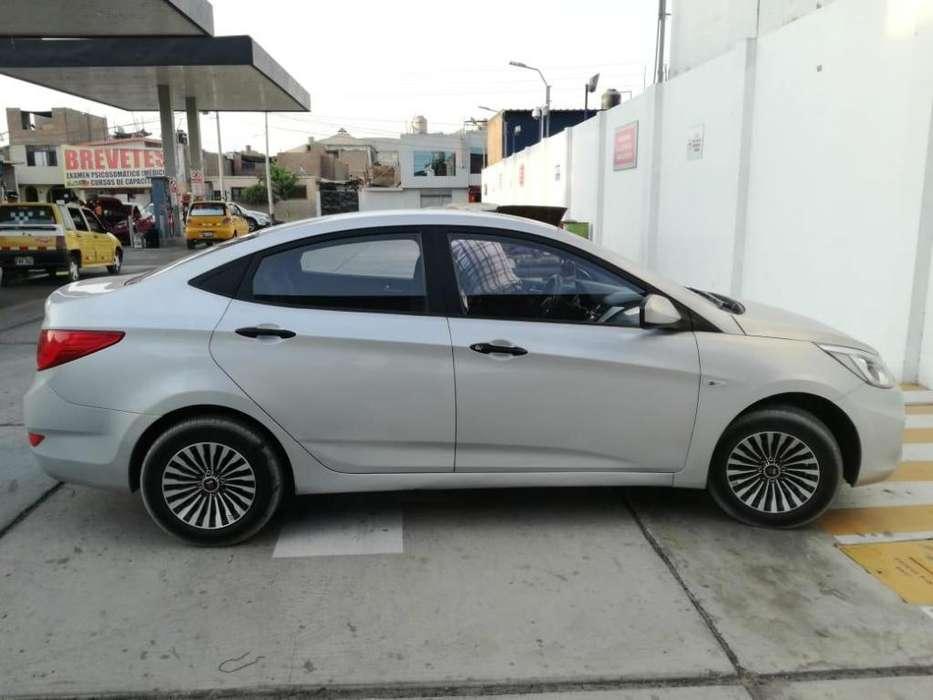 Hyundai Accent 2015 - 14000 km