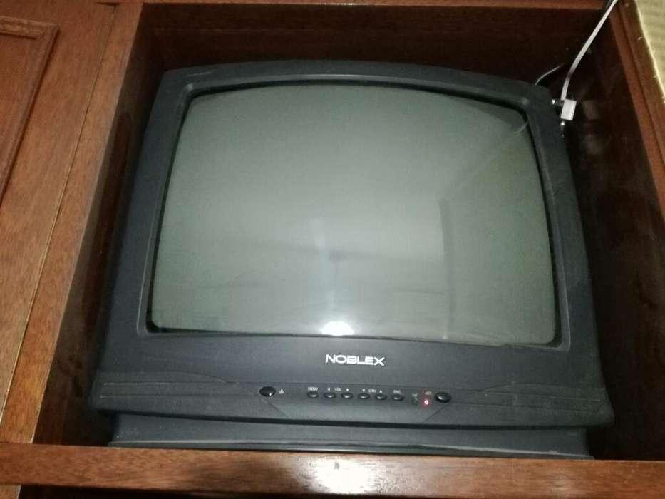 <strong>televisor</strong> Noblex de 21''