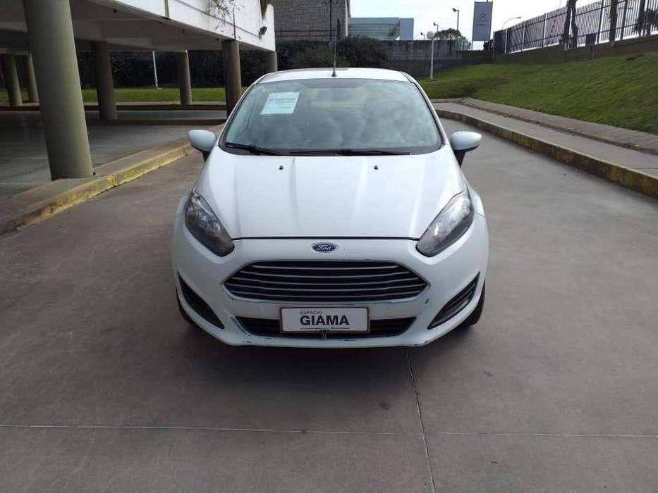 Ford Fiesta  2016 - 144600 km