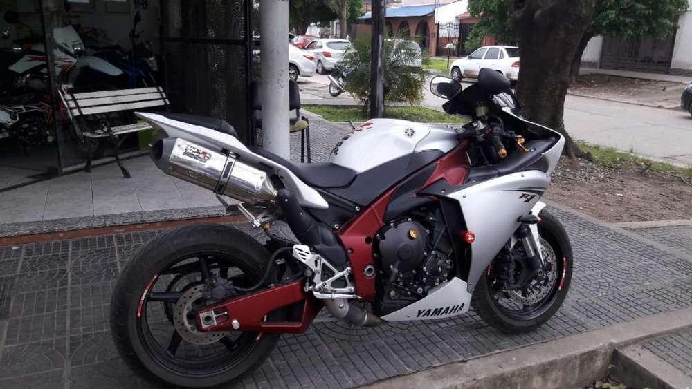 Vendo Yamaha R1