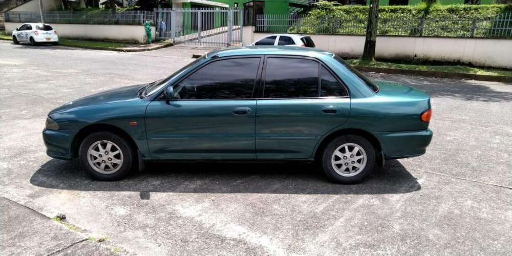 Mitsubishi Lancer 1995 - 133000 km