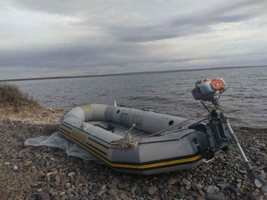Bote Mariner con motor