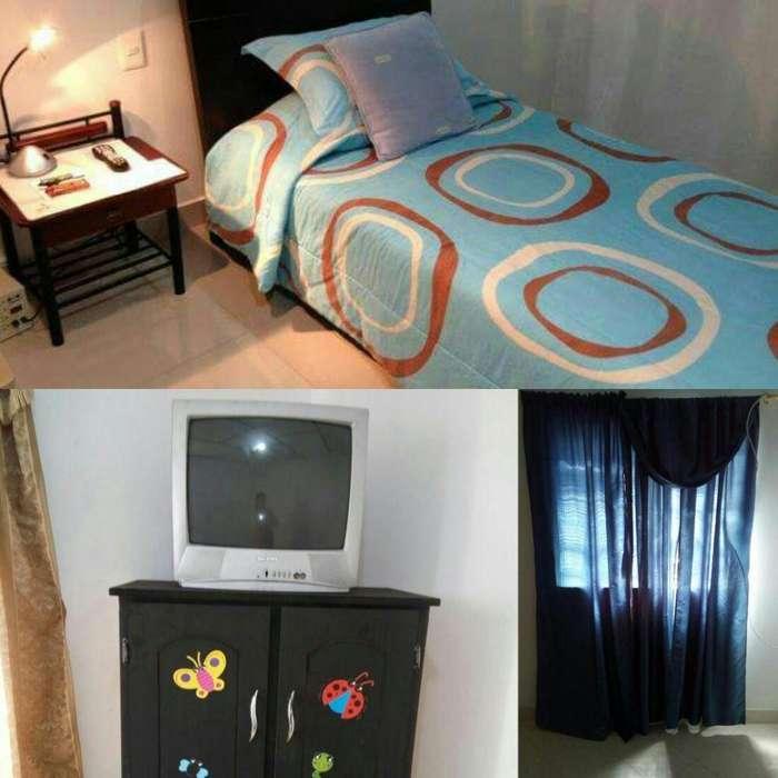 Disponible habitacion individual/pareja,libre servicios y alimentación,parqueadero/moto