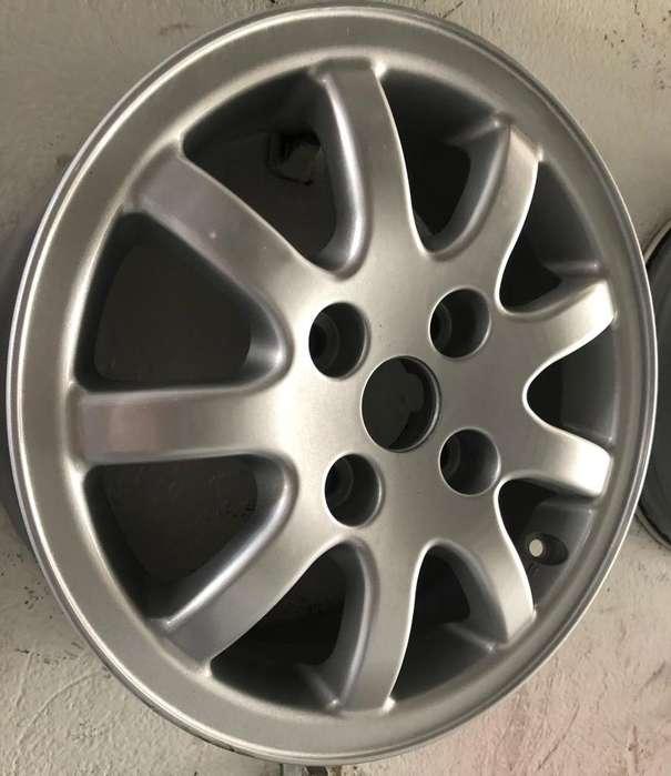 Rines de Lujo 14 4X108 Peugeot Usado