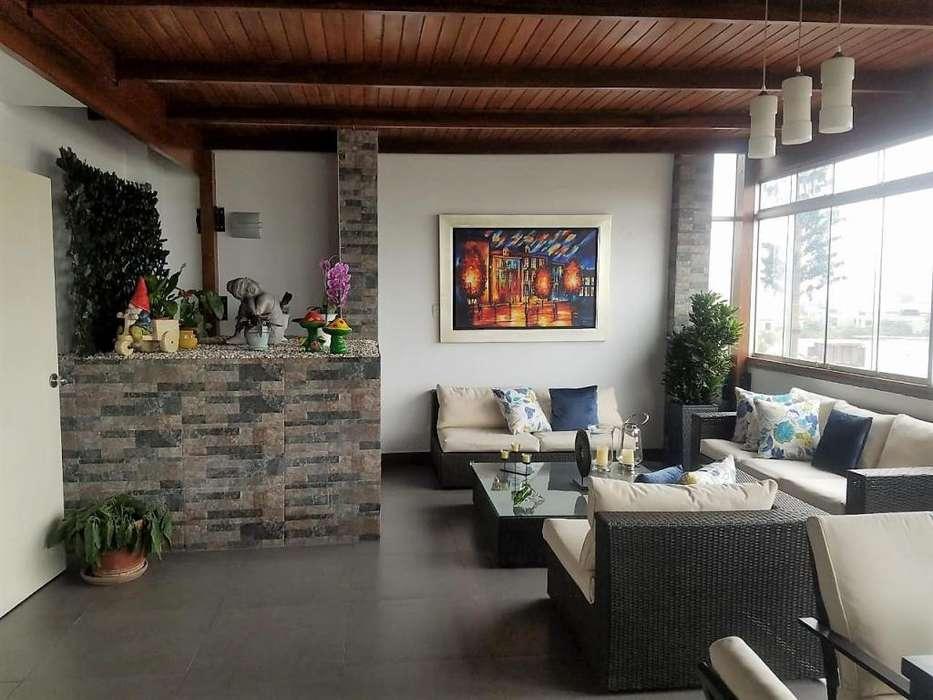 Exclusivo dúplex en Surco con terraza KX1412