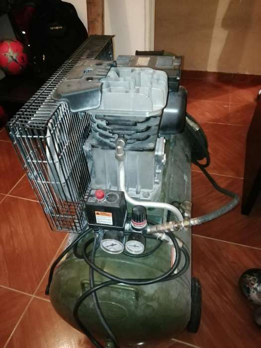 Se Vende Conpresor Bauker 150 Lbs