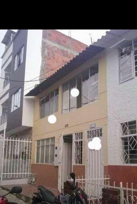 Casa 2 Pisos en Lagos 2 Florida Blanca