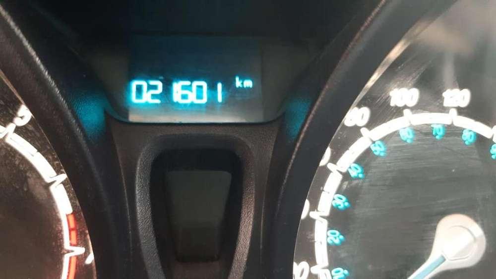 Ford Fiesta Kinetic 2015 - 21600 km