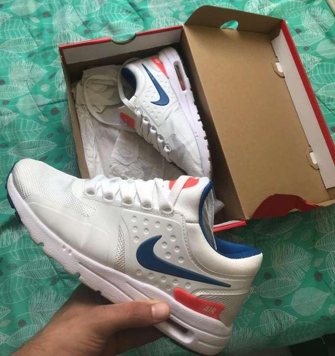 Tenis Nike - Talla 38