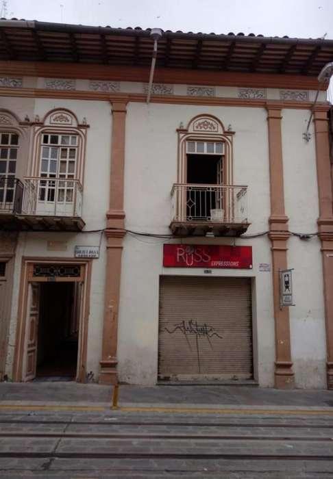 SOLINM: CASA CENTRICA EN VENTA, CON 12 <strong>oficina</strong>S MJ1467