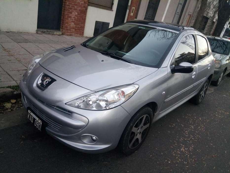 Peugeot 207 Compact 2012 - 114000 km