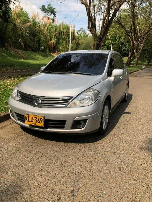 Nissan Tiida 2012 - 74000 km