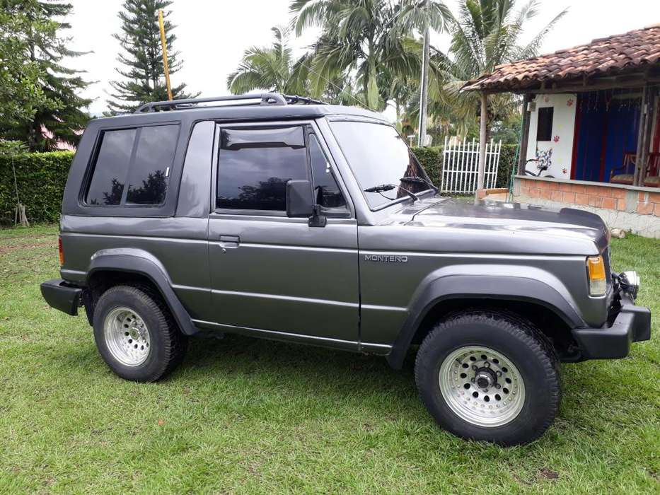 Mitsubishi Montero 1990 - 1000 km