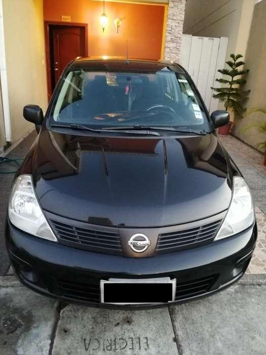 Nissan Tiida 2013 - 180000 km