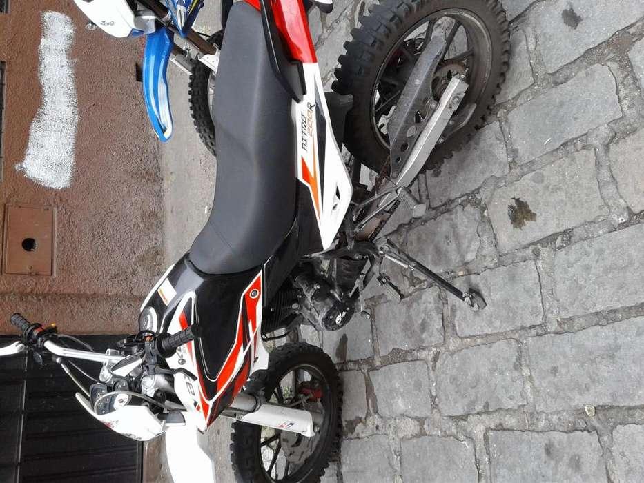 Vendo moto axxo nitro 200 ao 2019