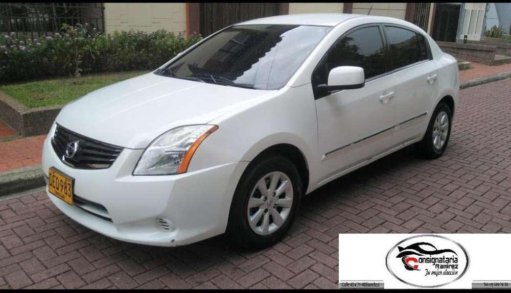Nissan Sentra 2012 - 118000 km