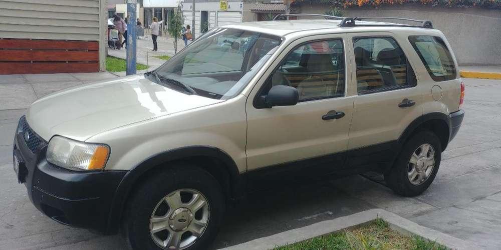 Ford Escape 2004 - 175000 km