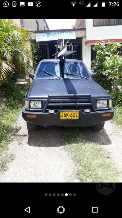 Mazda B-2200 1993 - 350000 km