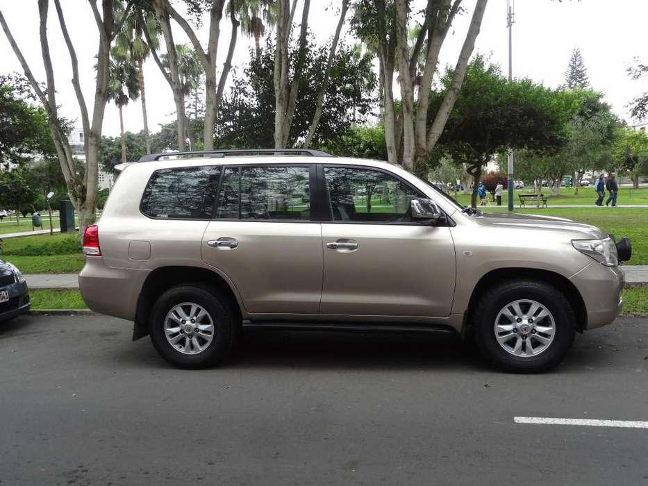Toyota Land Cruiser 2010 - 108000 km