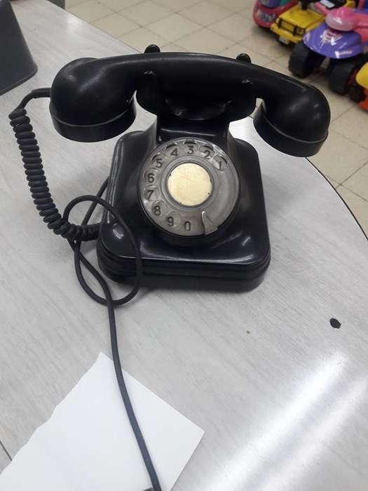 Telefono y Tocadiscos