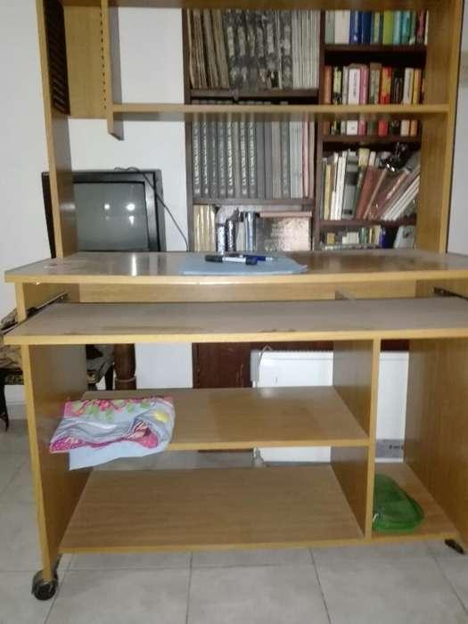<strong>escritorio</strong> 1,40 de Alto por 1,01 de Anch