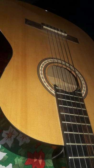 Se Vende Hermosa Guitarra Fender