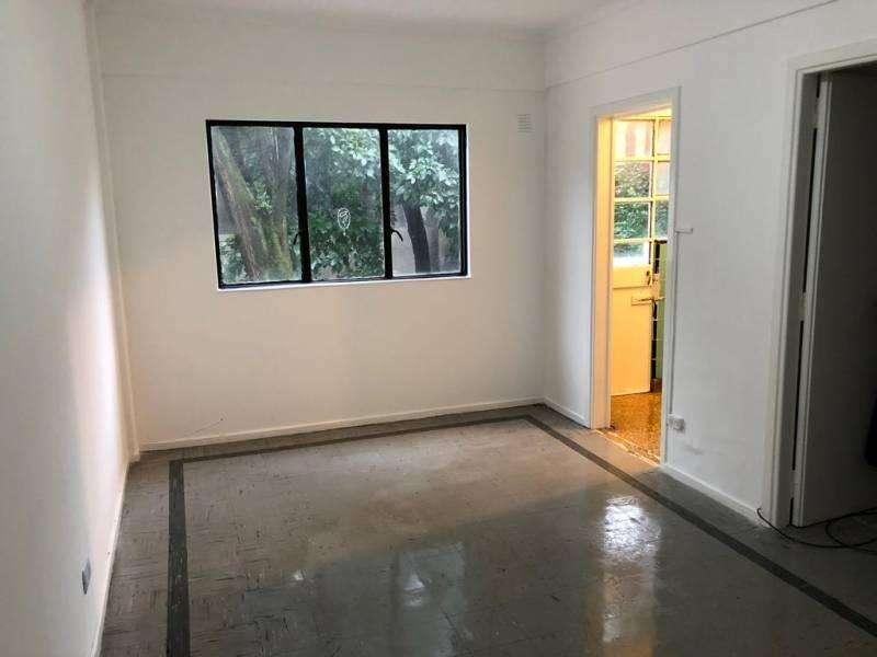 Alquilo departamento de 2 ambientes luminosos y ventilado excelente ubicación.