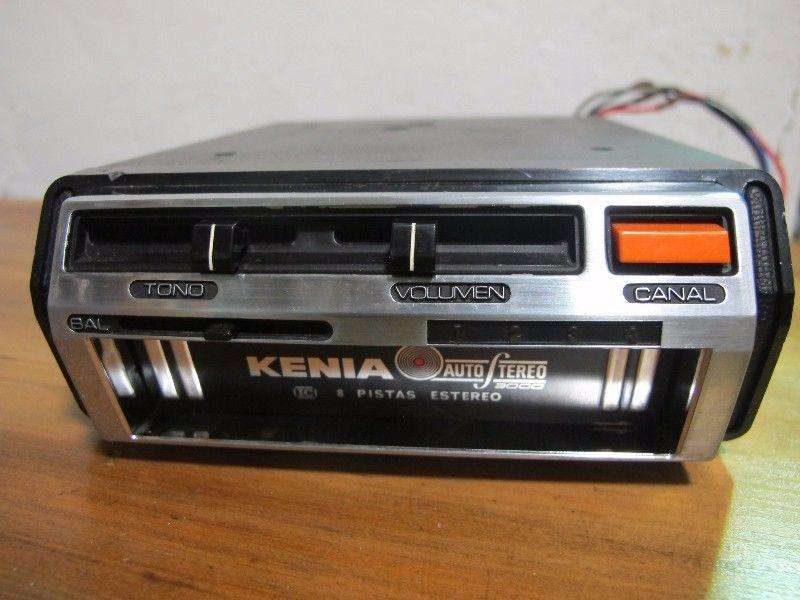 KENIA Modelo KM300 Pasamagazine Stereo 8 track player