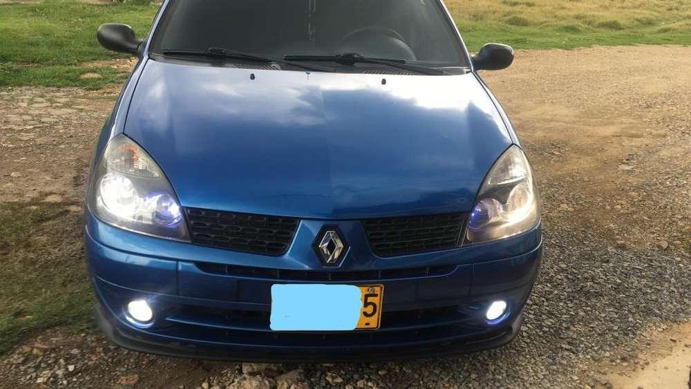 Renault Clio  2006 - 158000 km