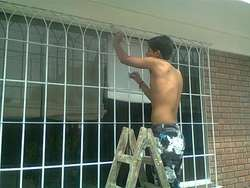 Busco trabajos fines de semana o part time nocturno, hago limpieza o ayudante, joven peruano chamba