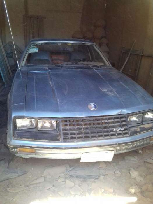 Ford Mustang 1980 - 212112 km