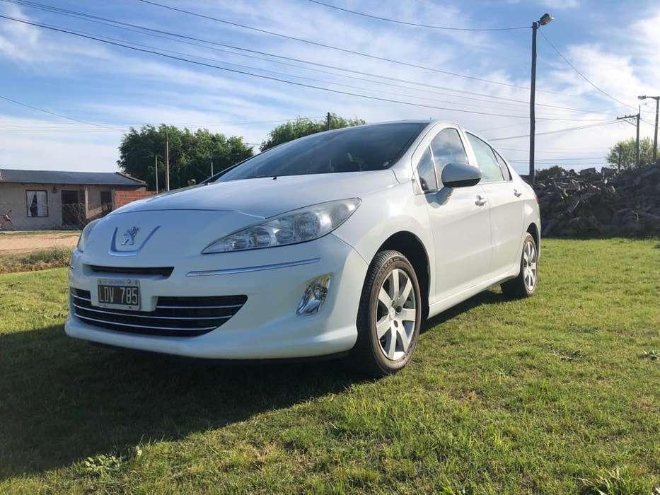 Peugeot 408 2012 - 69000 km