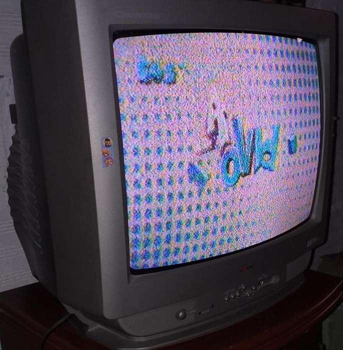 Televisor marca LG