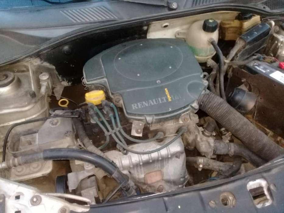 Renault Symbol 2003 - 145678 km