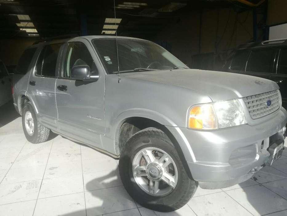 Ford Explorer 2002 - 250000 km