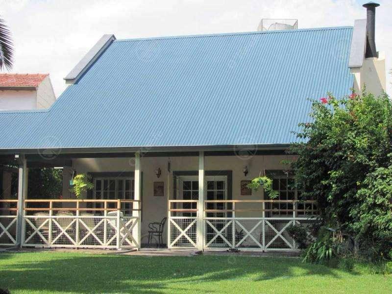 Casa en venta en Quilmes de 4 ambientes